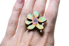 Een persoonlijke favoriet uit mijn Etsy shop https://www.etsy.com/listing/251073078/flower-ring-wooden-flower-ring-wood