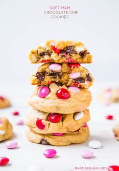 Soft M&M Chocolate Chip Cookies - The softest, thickest, best M&M cookies ever! People go nuts for these big cookies loaded with M&Ms and chocolate chips! @Averie Sunshine {Averie Cooks}