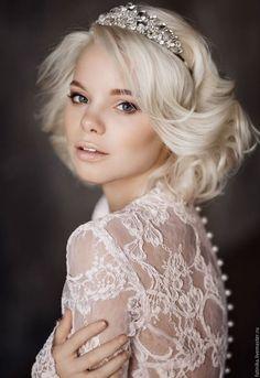 Wedding diadem /  Диадема ободок для волос, ободки, ободки с цветами, ободки для волос, ободок с камнями, свадебные аксессуары, свадебные украшения, украшение невесты, украшения, украшения из страз
