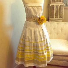Strapless Summer Dress Fabulous dress in the 1950s style. 100% cotton.  Best looking with small petticoat underneath. Belt is not included. Shawl is also available for purchase. Dresses Strapless