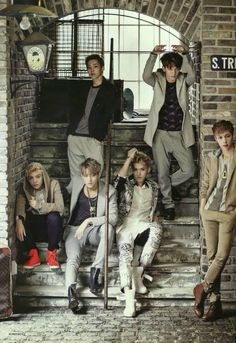 Discovered by Killer Doll. Find images and videos about kpop, exo and xiumin on We Heart It - the app to get lost in what you love. Sehun Oh, Tao Exo, Chanyeol Baekhyun, Exo K, Park Chanyeol, Exo Showtime, Kim Jong Dae, Exo Group, Mens Fashion Magazine