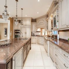 Luxury Home Decor Archives - Page 5 of 20 - Interior Decor Kitchen Dinning, Home Decor Kitchen, Kitchen Soffit, Diy Kitchen, Kitchen Ideas, Luxury Kitchens, Home Kitchens, Luxury Home Decor, Luxury Homes