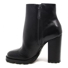 Women Boots Womens Ski Boots Purple Booties Outfit Dark Brown Boots Outfit Mens Boots And Blazer Outfits Brown Boots Outfit, Booties Outfit, Pretty Shoes, Cute Shoes, Me Too Shoes, High Heel Boots, Heeled Boots, Dark Brown Boots, Ski Boots