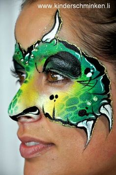 face painting ideas for kids Dinosaur Face Painting, Monster Face Painting, Dragon Face Painting, Face Painting For Boys, Face Painting Tutorials, Face Painting Designs, Paint Designs, Mime Face, Boy Face