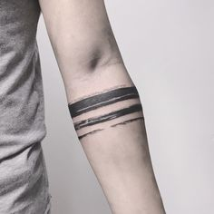 Popular Tattoos and Their Meanings Black Band Tattoo, Forearm Band Tattoos, Tattoo Band, Wrist Tattoos For Guys, Body Art Tattoos, New Tattoos, Small Tattoos, Sleeve Tattoos, Arm Tattos