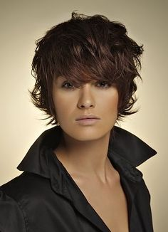 http://hairstyles-jurnal.com/wp-content/uploads/2011/08/layered-short-hair-style-2012.jpg