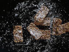 Quinoa-Mandel Riegel | Freiknuspern