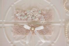Bridal Garter Elastic lace wedding garter by MyVintageWeddingAust