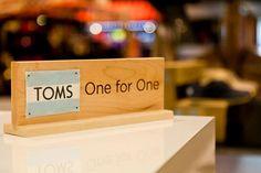 One For One? Cada vez que compras unas TOMS estás ayudando a un niño en el mundo!