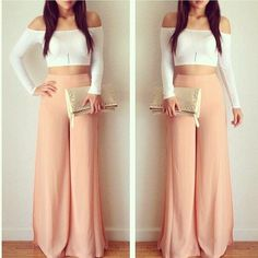 Crop top and maxi pants Source by sakshitorka outfits ombliguera Look Fashion, Fashion Outfits, Womens Fashion, Fashion Killa, Fashion Wear, Crop Top Outfits, Cute Outfits, What To Wear Today, How To Wear