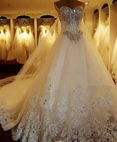 Luxury Beaded Wedding Dresses witl slip Chic Long Train Bridal Gowns Fabulous Wedding Gowns Vestido De Novia