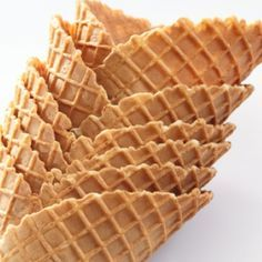 Make your own waffle cones with this simple waffle cone recipe. Homemade Waffle Cones Recipe from Grandmothers Kitchen. Ice Cream Treats, Ice Cream Desserts, Frozen Desserts, Ice Cream Recipes, Frozen Treats, Just Desserts, Dessert Recipes, Ice Cream Cones, Ice Cream Waffle Cone