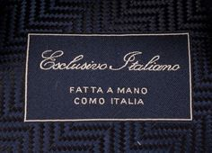 Design MILANO, 100% made in Italy, seven folded and manufactured by hand. Personalized tipping with woven logo. Discover more on www.esclusivoitaliano.com