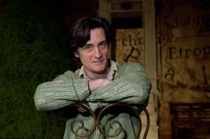 Roger Rees (May 5, 1944 ~ July 10, 2015), star of theater, film, and TV.