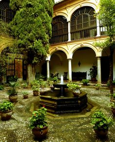 Parador Granada patio stayed here Granada Andalucia, Granada Spain, Alicante, Places Around The World, Around The Worlds, Lac Tahoe, Spanish Courtyard, San Francisco, Great Hotel
