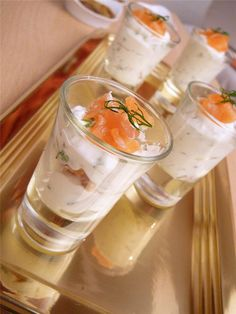 Fashion and Lifestyle Shot Glass Appetizers, Appetizers For Party, Healthy Christmas Recipes, Holiday Recipes, Ceviche, Mousse, Brunch Bar, Party Buffet, Roasted Almonds