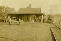 This picture of the Central of Georgia Depot reveals how it would have looked as built. The depots in Madison, GA and Monticello, GA (shown here) were built using the same plans with small tweaks. Old Train Station, Train Stations, Bus Station, Madison Georgia, Southern Railways, Norfolk Southern, Diners, Historic Homes, Offices