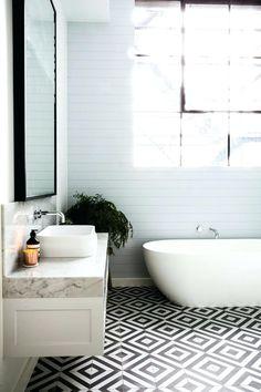 Black And White Bathroom Floor Tile Bathroom Tile Ideas Floor Covering Floor Til… - Marble Bathroom Floor Best Bathroom Flooring, Marble Bathroom Floor, White Bathroom Tiles, Bathroom Colors, Modern Bathroom, Bathroom Plants, Bathroom Ideas, Kitchen Tiles, Black And White Bathroom Floor