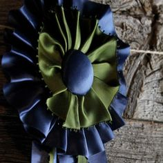DIY Horse Ribbon- I'll make this with red, white, and blue for my tri corner hat