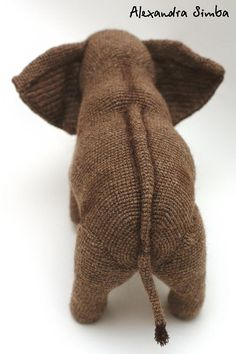 0001 Crochet Pattern Elephant Tubul from Terry Pratchet