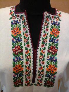 Ukraine, from Iryna Polish Embroidery, Embroidery Patterns, Cross Stitch Patterns, Mexican Blouse, Folk Fashion, Needle And Thread, Cross Stitching, Ukraine, Needlework