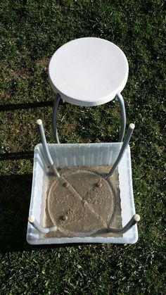 Concrete Stool from plastic stool Concrete Stool, Concrete Cement, Concrete Furniture, Concrete Garden, Concrete Design, Furniture Legs, Cement Art, Concrete Crafts, Concrete Projects