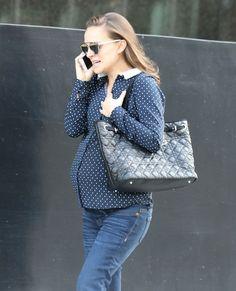 Pregnant Natalie Portman (1200×1483)