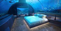Οι επισκέπτες στο Conrad Maldives Rangali Island θα έχουν σύντομα  την ευκαιρία να κοιμηθούν… μαζί με τα ψάρια στο βυθό της θάλασ...