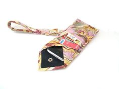 WANT! I could have a mini tie purse inside my large tie purse!
