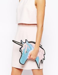 Mi fa venire in mente la spensieratezza! New Look - Pochette con unicorno