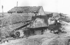 El final del Panzerjäger Hornisse - Nashorn numero 223. En cualquier granja en cualquier frente, el final.