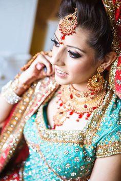 South Asian Bridal / Wedding Makeup Artists (MUA) profiles at khanbazaar.com introducing Zi Makeup Artist Bradford / Leeds