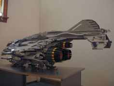 Lego Spaceship, Lego Robot, Spaceship Concept, Spaceship Design, Lego Duplo, Legos, Amazing Lego Creations, Lego Pictures, Sculpture Metal