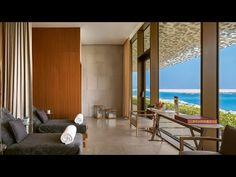 A horizontal shower replaces the bathtub in this futuristic six-square-metre home spa, designed for small-space living by German studio Sieger Design Palm Jumeirah, Dubai Hotel, Villa, Dubai Skyline, Resort Bali, Bvlgari Hotel, Resort Casual, Oasis, Soho House