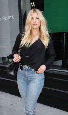 Katheryn Winnick fashion is beautiful. She wore a black blouse with blue jeans. By the way, Katheryn Winnick outfits are a wonderful idea for casual wear. Beautiful Celebrities, Beautiful Actresses, Gorgeous Women, Katheryn Winnick Vikings, Beauté Blonde, Female Actresses, Girl Fashion, Womens Fashion, Celebrity Outfits