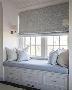 ideas bedroom window bench seat window bench seating for 2019 Bedroom Windows, Bay Windows, Window Seats Bedroom, Window Seat Curtains, Window Blinds, Window Coverings, Window Seat Cushions, Bay Window Seats, French Door Coverings
