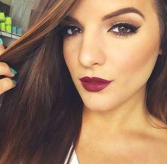 Mac diva lipstick.. It's such a pretty fall color!
