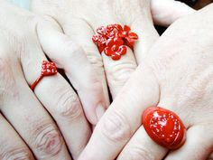 ted noten- Be nice to a girl, buy her a ring