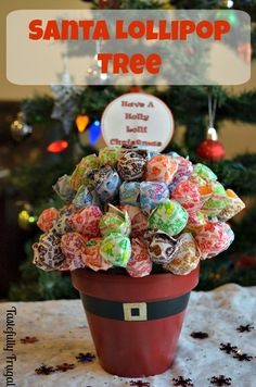 Have A Holly Lolli Christmas: Santa Lollipop Tree Day 7 of The 12 Frugal Days of Christmas