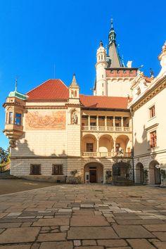 Arcades of Průhonice chateau (Central Bohemia), Czechia