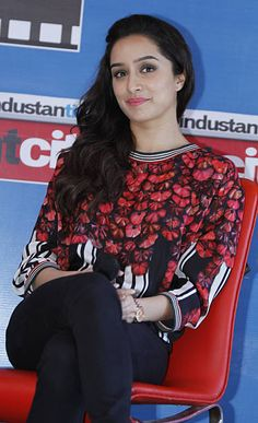Shraddha Kapoor Pictures and Photos - Getty Images Bollywood Photos, Bollywood Girls, Bollywood Celebrities, Bollywood Fashion, Bollywood Stars, Prettiest Actresses, Beautiful Actresses, Beautiful Film, Beautiful Bollywood Actress