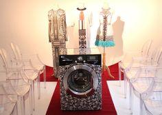 LG Holly Fulton customisable washing machine Holly Fulton, Washing Machine, Coat, Accessories, Design, Fashion, Moda, Sewing Coat, La Mode