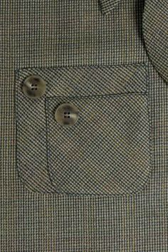 How to Make a Piggyback Pocket: double pockets for retro styling from Threads. I love the idea but I'm not totally sold on this style.