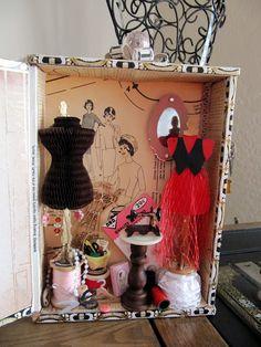 great idea for steampunk style - Cigar Box mini-store - or shadow box? Cigar Box Projects, Cigar Box Crafts, Vitrine Miniature, Miniature Rooms, Cigar Box Art, Fun Crafts, Arts And Crafts, Altered Cigar Boxes, Shadow Box Art