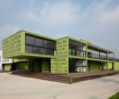 shipping-containers-architecture-tony-s-farm-playze-1