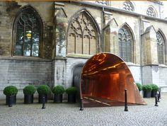 Kruisherenhotel Maastricht, entree. Interieur van Kruisherenhotel in Maastricht. Kijk voor meer adresjes om in Maastricht te overnachten op http://www.cityfan.nl/nederland/maastricht/overnachten/rubriek/overnachten/weergave/lijst/browse/toon/