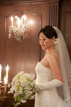 新郎新婦様からのメール ラナンキュラスとオードリー シェ松尾青山サロンさまへ : 一会 ウエディングの花