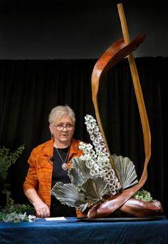 Creative Flower Arrangements, Floral Arrangements, High Resolution Picture, Flower Show, Floral Designs, Creative Design, Centerpieces, Awesome, Pictures