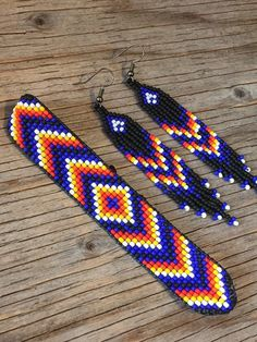 Loom Bracelet Patterns, Beaded Earrings Patterns, Bead Loom Bracelets, Bead Loom Patterns, Native Beading Patterns, Native Beadwork, Native American Beadwork, Beaded Hat Bands, Bead Jewellery
