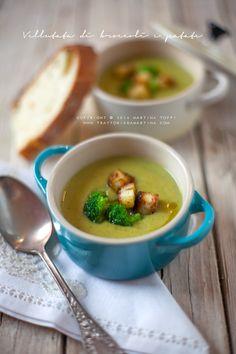 Vellutata di broccoli e patate con dadini di pane tostato all'aglio - Trattoria…